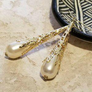 Victorian Gold Pearl Teardrop Dangle Earrings
